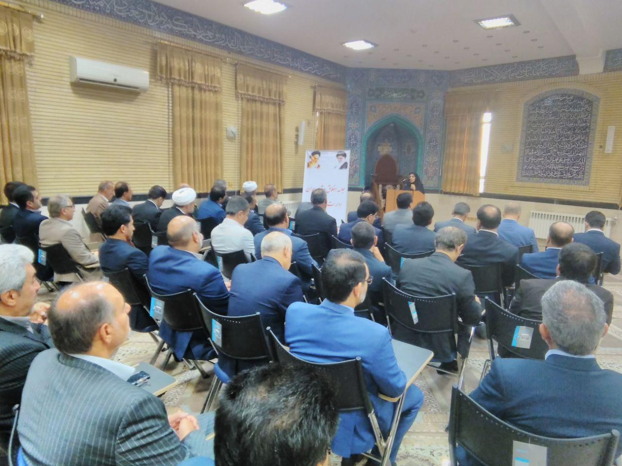 تمامی زنان سرپرست خانوار و توانخواهان پشت نوبت استان زیر پوشش حمایت بهزیستی قرار گرفتند