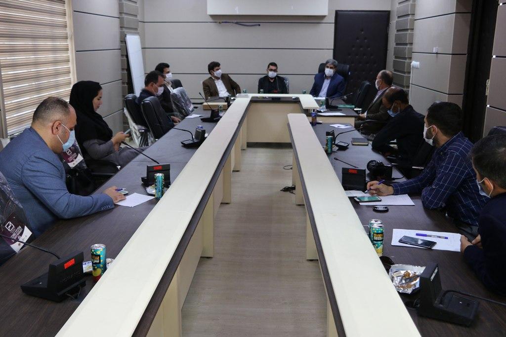 کمیته امداد در زمینه توسعه اشتغال و فرهنگ کار و تلاش ورود آگاهانه ای داشته است