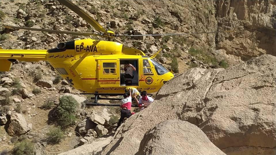 عملیاتی سخت وطاقت فرسا در دره ی ویژدرون و نجات دره نورد مصدوم دراین دره